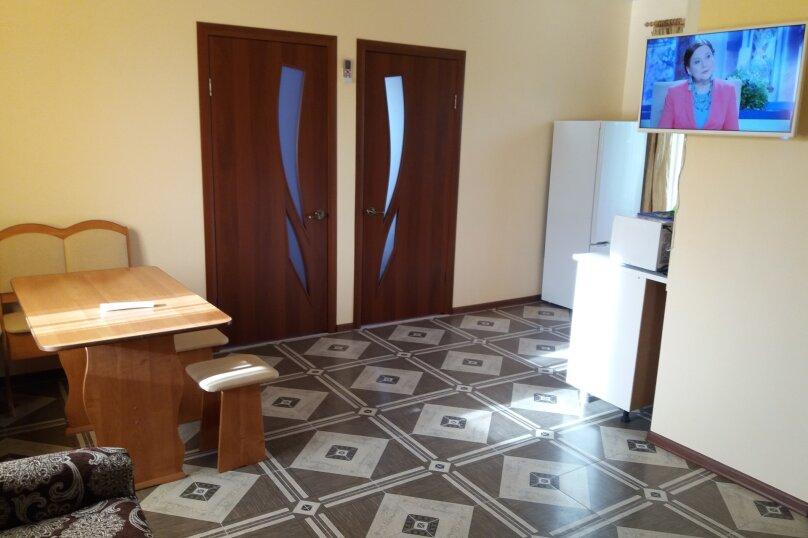 "Гостевой дом ""На Чапаева 14"", улица Чапаева, 14 на 2 комнаты - Фотография 15"