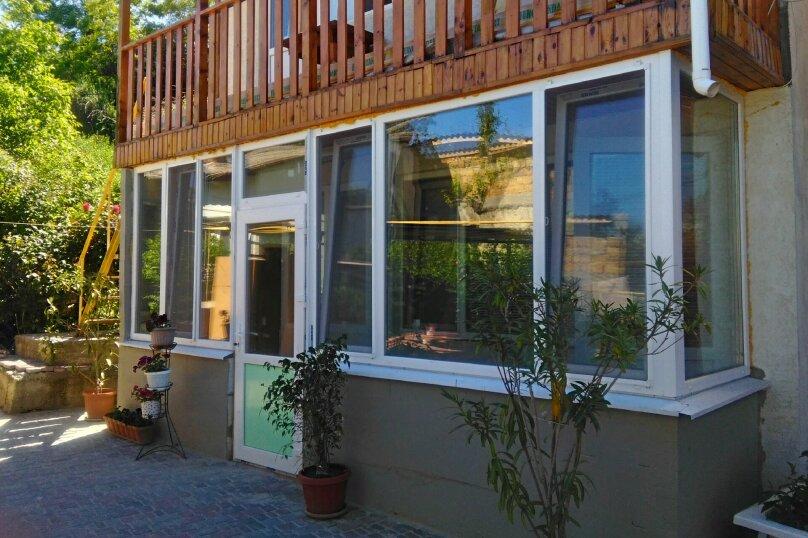 Дом, 70 кв.м. на 9 человек, 3 спальни, улица Степана Разина, 6, Феодосия - Фотография 1