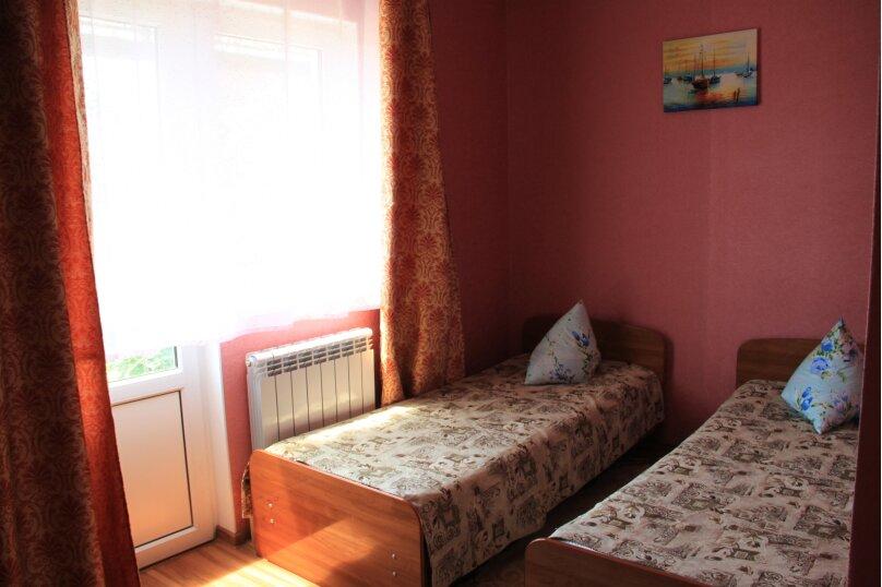 """Гостевой дом """"Любава"""", Ключевая улица, 62 на 3 комнаты - Фотография 36"""
