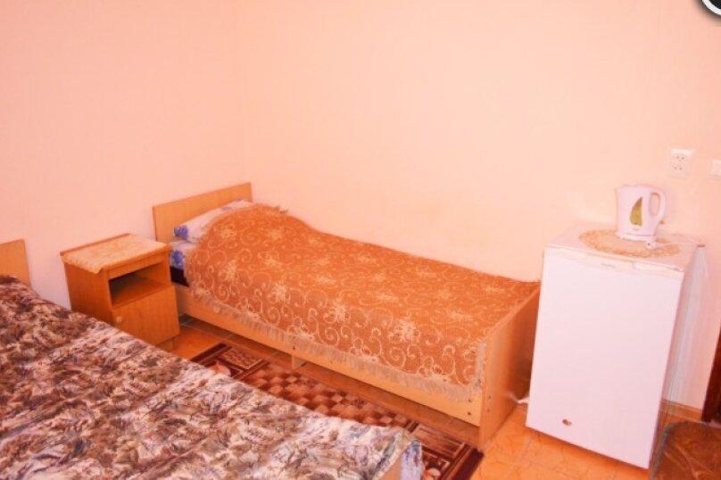 Номер «Комфорт» 4-х местный двухкомнатный, улица Бехтерева, 36, Вишневка, Сочи - Фотография 1