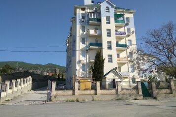 1-комн. квартира, 45 кв.м. на 4 человека, Приморская улица, 30А, Судак - Фотография 1