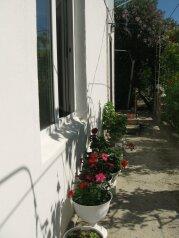 Гостевой дом, 3-я линия, левая часть на 5 номеров - Фотография 4