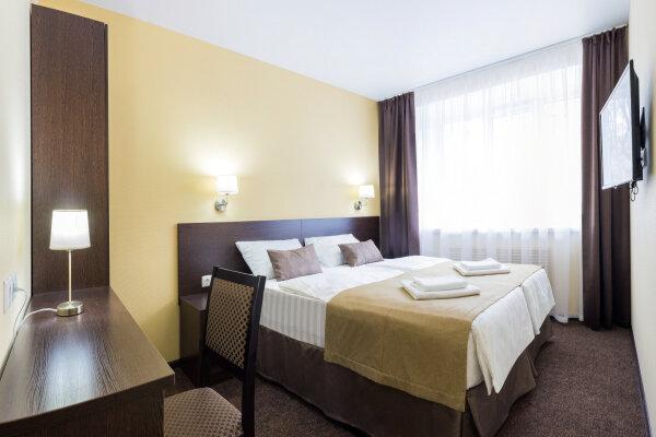 Гостиница, улица Мельникова, 52 на 15 номеров - Фотография 1