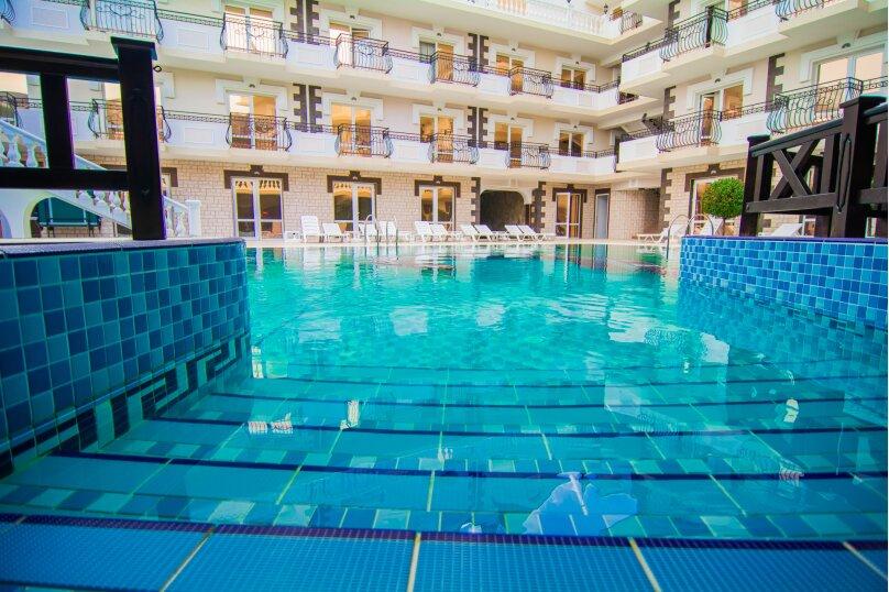 Отель Камелот, улица Алексея Дижа, 18 на 60 номеров - Фотография 2