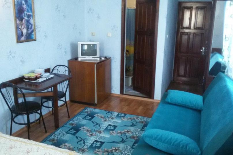 """Гостевой дом """"Коктебель"""", Арцеулова, 13 на 8 комнат - Фотография 16"""