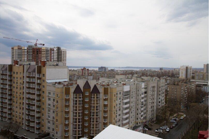 1-комн. квартира, 50 кв.м. на 6 человек, улица имени Пугачёва Е.И., 81/85, Саратов - Фотография 9