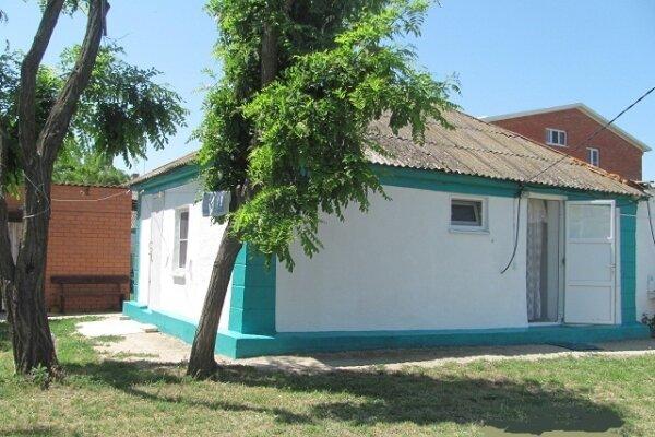 2-х комнатный дом (СКРОМНЫЙ деревенский) с удобствами на 6 человек, 2 спальни, Делегатская, 84 а, Должанская - Фотография 1