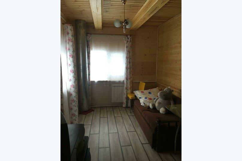 Дача с АГВ и удобствами в доме., 100 кв.м. на 6 человек, 3 спальни, СНТ мир, 93, Солнечногорск - Фотография 1