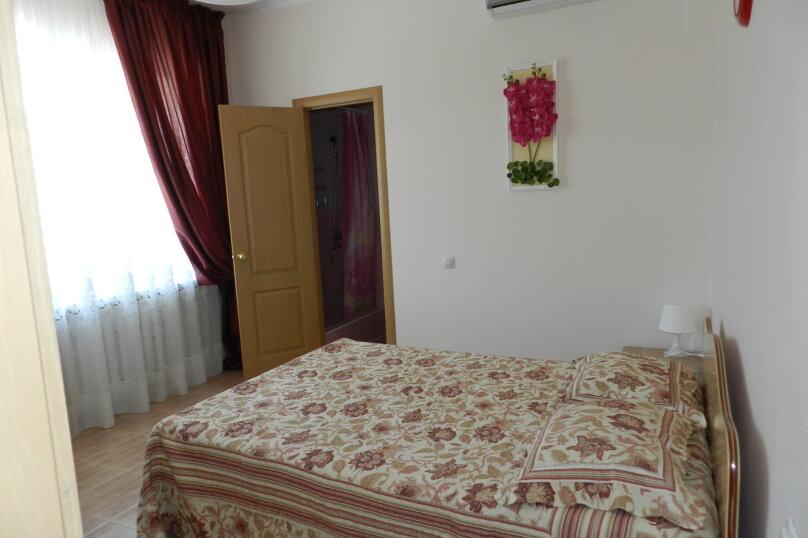 Двухместный номер с 1 двухспальной кроватью, улица Самбурова, 146А, Анапа - Фотография 5