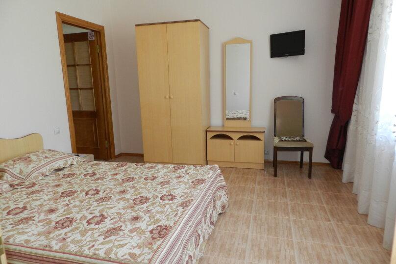 Двухместный номер с 1 двухспальной кроватью, улица Самбурова, 146А, Анапа - Фотография 7