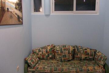 Домик у самого моря ,в центре Геленджика, 55 кв.м. на 7 человек, 2 спальни, Революционная улица, 27, Геленджик - Фотография 4
