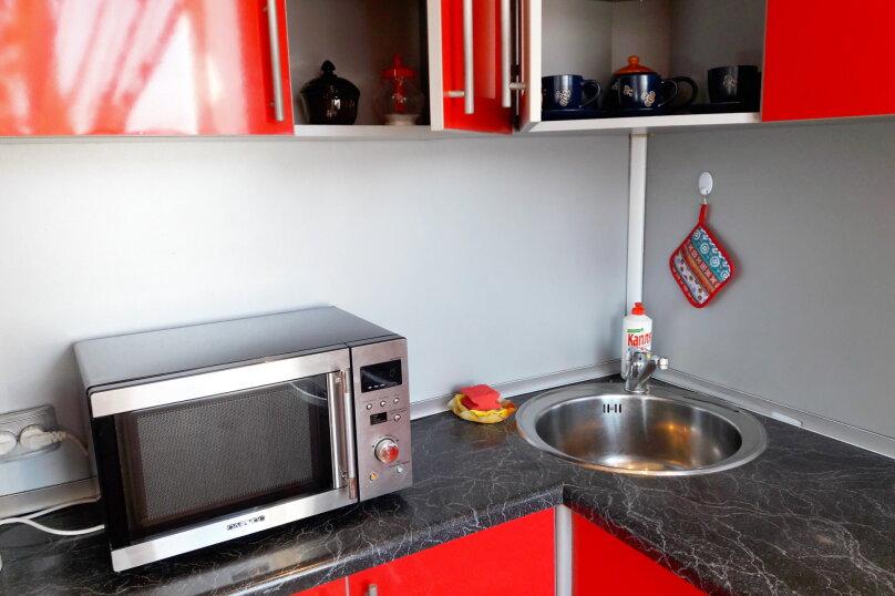 2-комн. квартира, 36 кв.м. на 5 человек, улица Космонавтов, 4, Междуреченск - Фотография 6