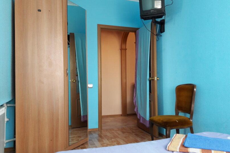2-комн. квартира, 36 кв.м. на 5 человек, улица Космонавтов, 4, Междуреченск - Фотография 11