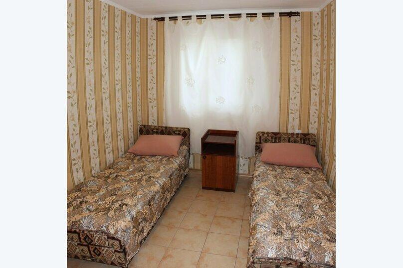Комната №5, улица Кряжева, 17, Севастополь - Фотография 1
