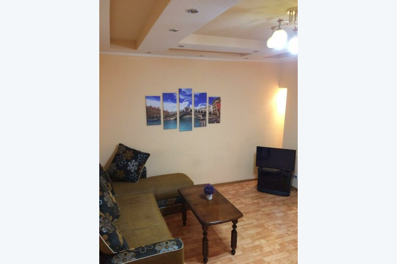 2-комн. квартира, 68 кв.м. на 5 человек, улица Иосифа Каролинского, 8, Сургут - Фотография 3