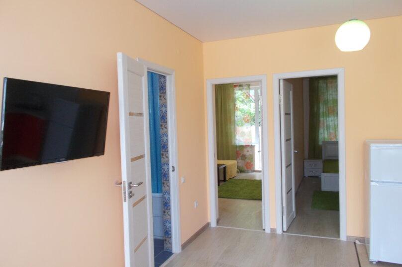 2-комн. квартира, 50 кв.м. на 7 человек, мкр. Горизонт, 88, Ольгинка - Фотография 2