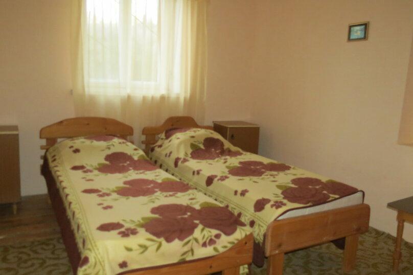 Гостевой дом , 100 кв.м. на 9 человек, 5 спален, Гостинный двор, 1, Судак - Фотография 2