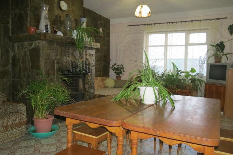 Гостевой дом , 100 кв.м. на 9 человек, 5 спален, Гостинный двор, 1, Судак - Фотография 8