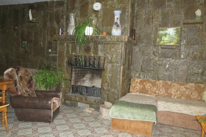 Гостевой дом , 100 кв.м. на 9 человек, 5 спален, Гостинный двор, 1, Судак - Фотография 10