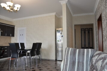 3-комн. квартира, 105 кв.м. на 8 человек, улица Просвещения, Адлер - Фотография 2