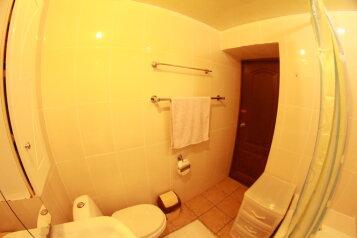 Апартаменты двухкомнатные , 60 кв.м. на 5 человек, 2 спальни, улица Куйбышева, Адлер - Фотография 2