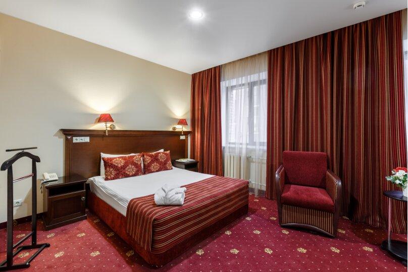 Клуб Отель Корона, Овражная улица, 35 на 38 номеров - Фотография 16