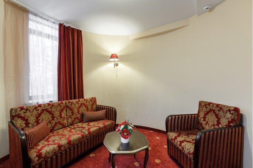 Клуб Отель Корона, Овражная улица, 35 на 38 номеров - Фотография 31