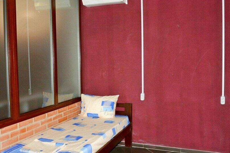 Комната на 2 человека, улица Горького, 5к2, Евпатория - Фотография 1