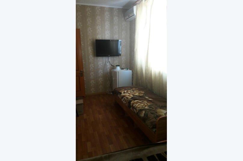 Эконом №12 , улица Толстого, 34А, Витязево - Фотография 1