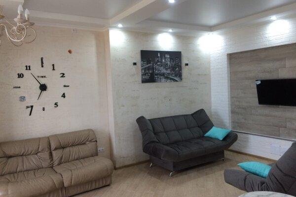 Коттедж, 120 кв.м. на 6 человек, 2 спальни, Лиманная, 31, Молочное - Фотография 1