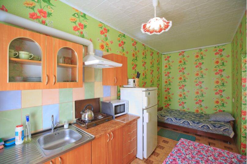 """Гостевой дом """"Бирюза"""", Миндальная улица, 18 на 2 комнаты - Фотография 6"""