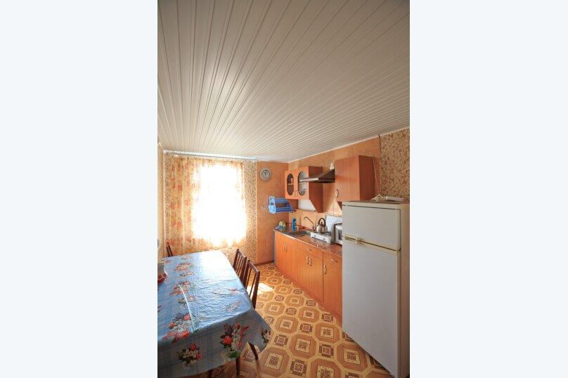 Комфортный номер для семьи на 2 этаже, Миндальная улица, 18, поселок Орджоникидзе, Феодосия - Фотография 1