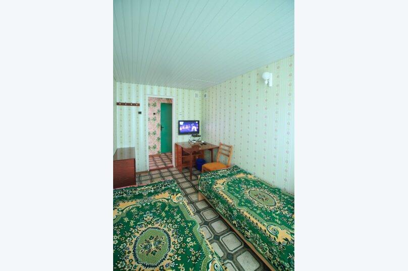 """Гостевой дом """"Бирюза"""", Миндальная улица, 18 на 2 комнаты - Фотография 18"""
