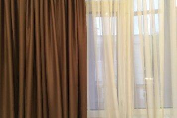 2-комн. квартира, 96 кв.м. на 5 человек, улица Сенявина, Севастополь - Фотография 2