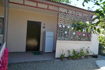 Дом, 50 кв.м. на 4 человека, 2 спальни, Калинина, Должанская - Фотография 1