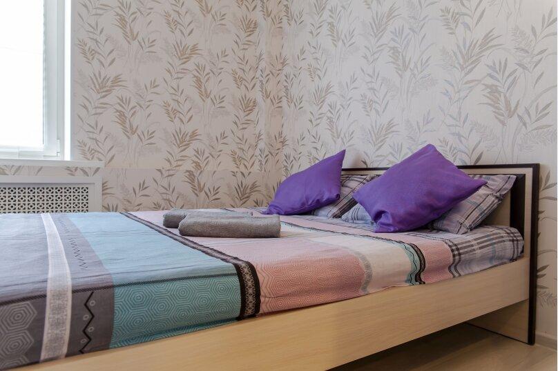 2-комн. квартира, 60 кв.м. на 4 человека, проспект Ленина, 15, Петрозаводск - Фотография 1