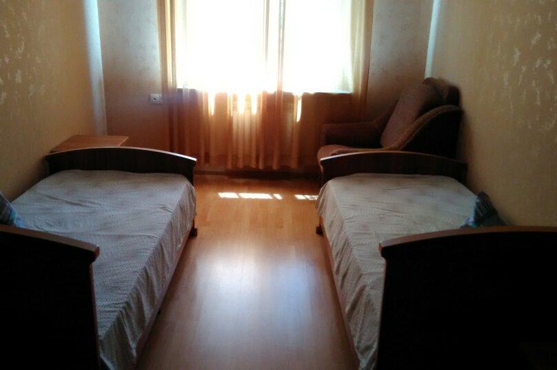 Трёхкомнатный дом в Адлере, центр, 100 кв.м. на 8 человек, 3 спальни, улица Павлика Морозова, 10, Адлер - Фотография 16