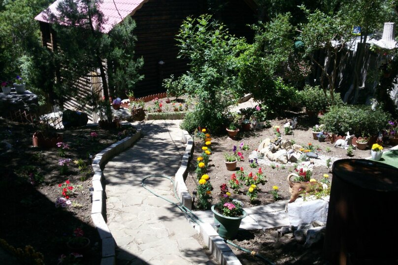 Дома для отдыха, 50 кв.м. на 4 человека, 1 спальня, Сурикова, 14 а, Алупка - Фотография 1