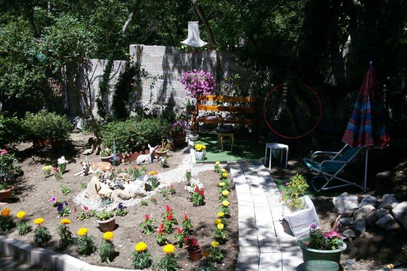 Дома для отдыха, 50 кв.м. на 4 человека, 1 спальня, Сурикова, 14 а, Алупка - Фотография 2