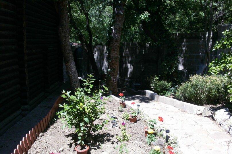 Дома для отдыха, 50 кв.м. на 4 человека, 1 спальня, Сурикова, 14 а, Алупка - Фотография 3