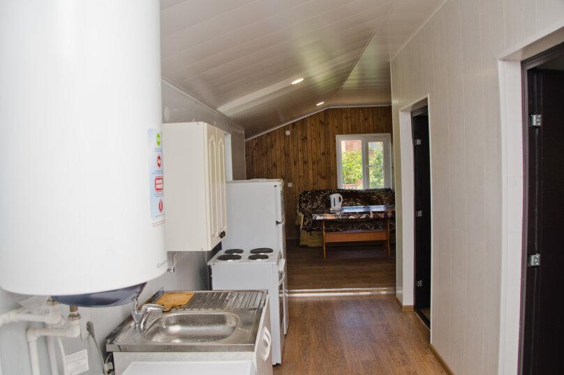 Дом с 3 спальнями , 120 кв.м. на 8 человек, 3 спальни, Победы , 150, Ейск - Фотография 8