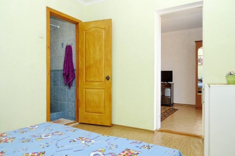 """Гостевой дом """"Диана"""", Гемиджилер, 15 на 4 комнаты - Фотография 40"""