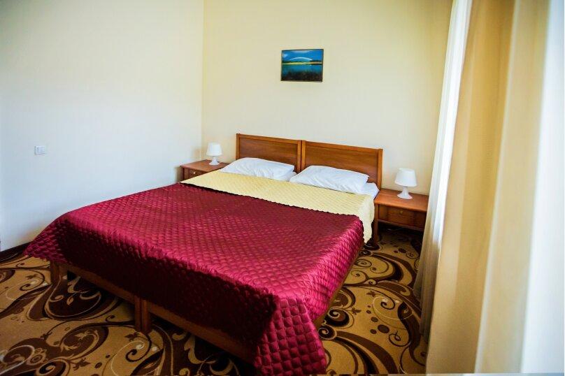 Двухместный номер с 2 отдельными кроватями и балконом, улица Мичурина, 5, Красная Поляна - Фотография 3