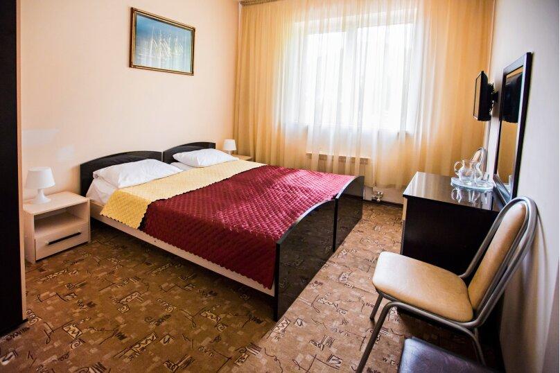 Двухместный номер с 2 отдельными кроватями, улица Мичурина, 5, Красная Поляна - Фотография 1