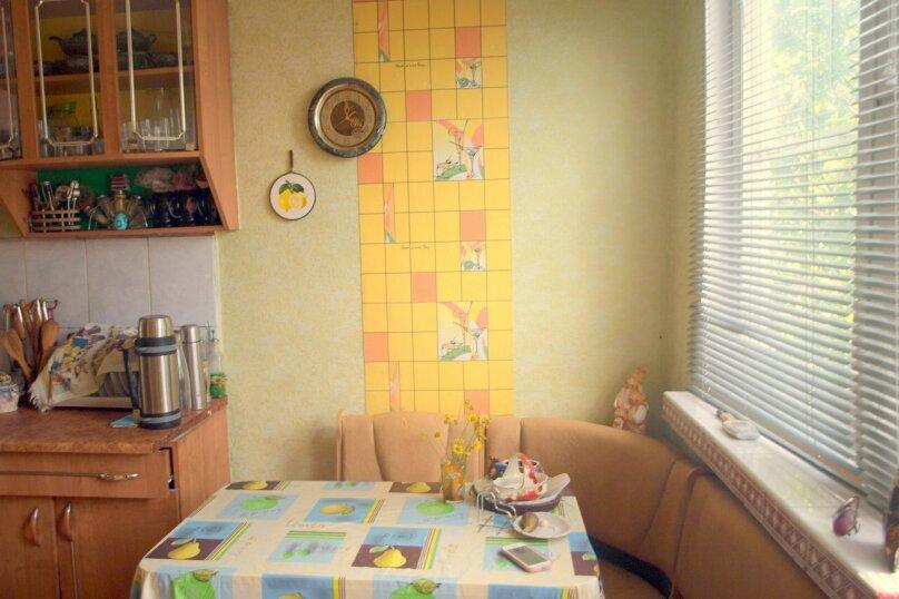 Комната на 3х, улица Изергина, 16, Алупка - Фотография 2