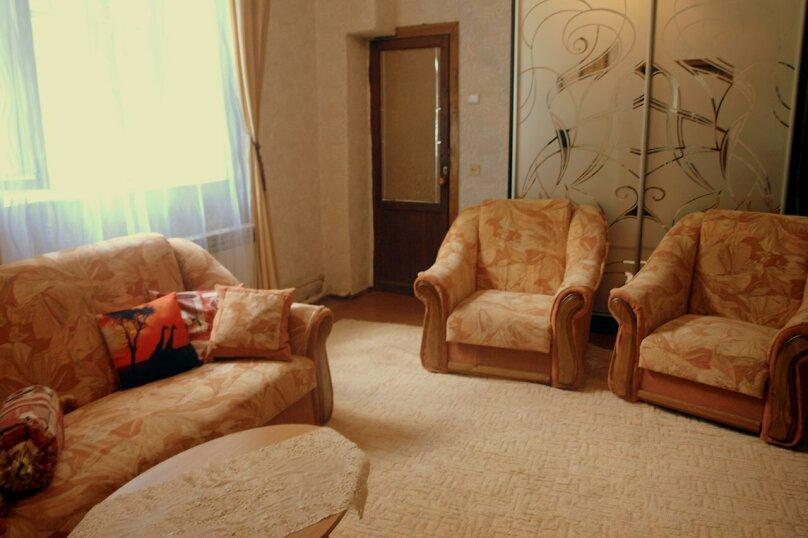 Комнаты в частном доме на Изергина 16, улица Изергина, 16 на 4 комнаты - Фотография 6