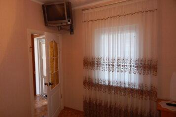 Гостевой дом на 4 человека, 4 спальни, переулок Д.Ульянова, 8, Евпатория - Фотография 2