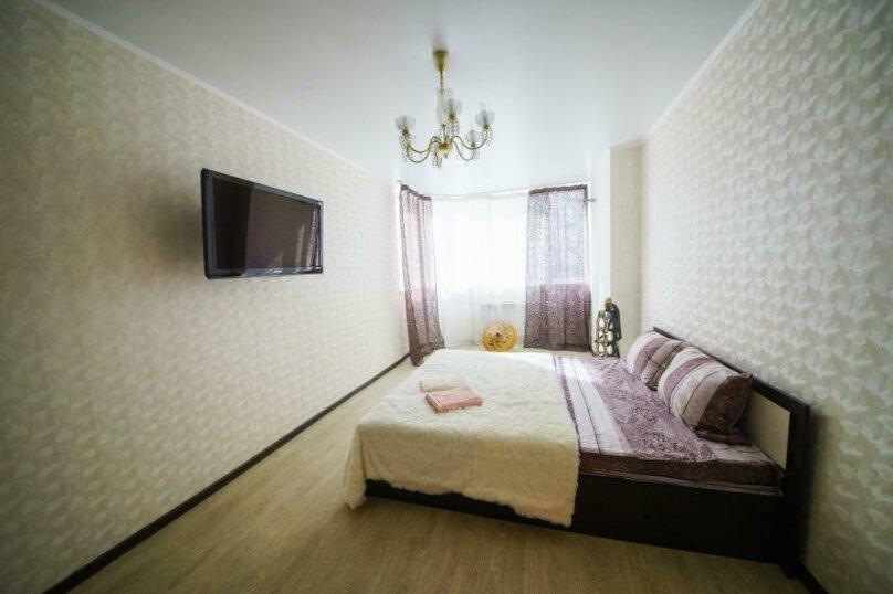 1-комн. квартира, 50 кв.м. на 4 человека, улица имени Пугачёва Е.И., 49А, Саратов - Фотография 2