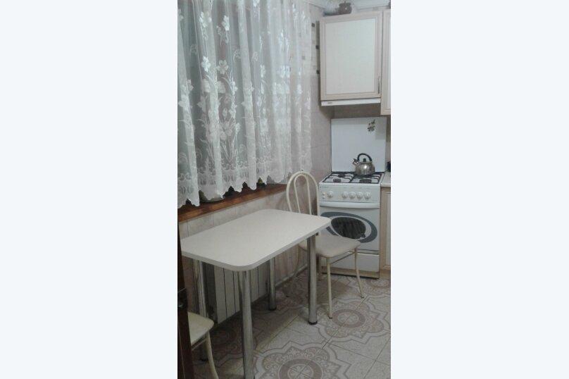 Отдельная комната, Комиссаровская улица, 16, Евпатория - Фотография 4