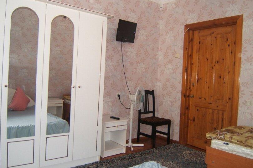 3х - местный с двух кроватью, Солнечная улица, 21А, Заозерное - Фотография 3